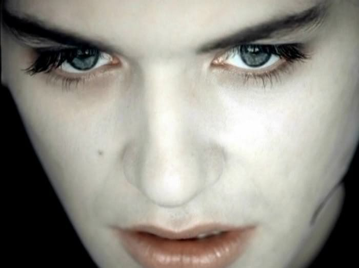 In the cold light of morning Placebo (Brian Molko)