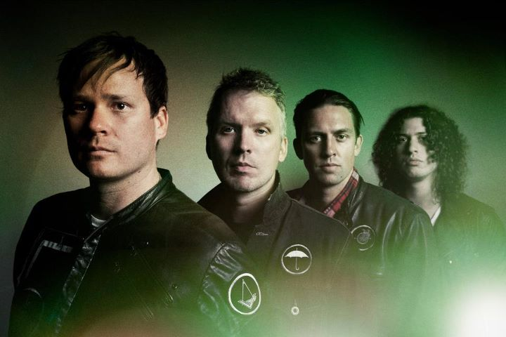 Epic Holiday Remix Angels And Airwaves